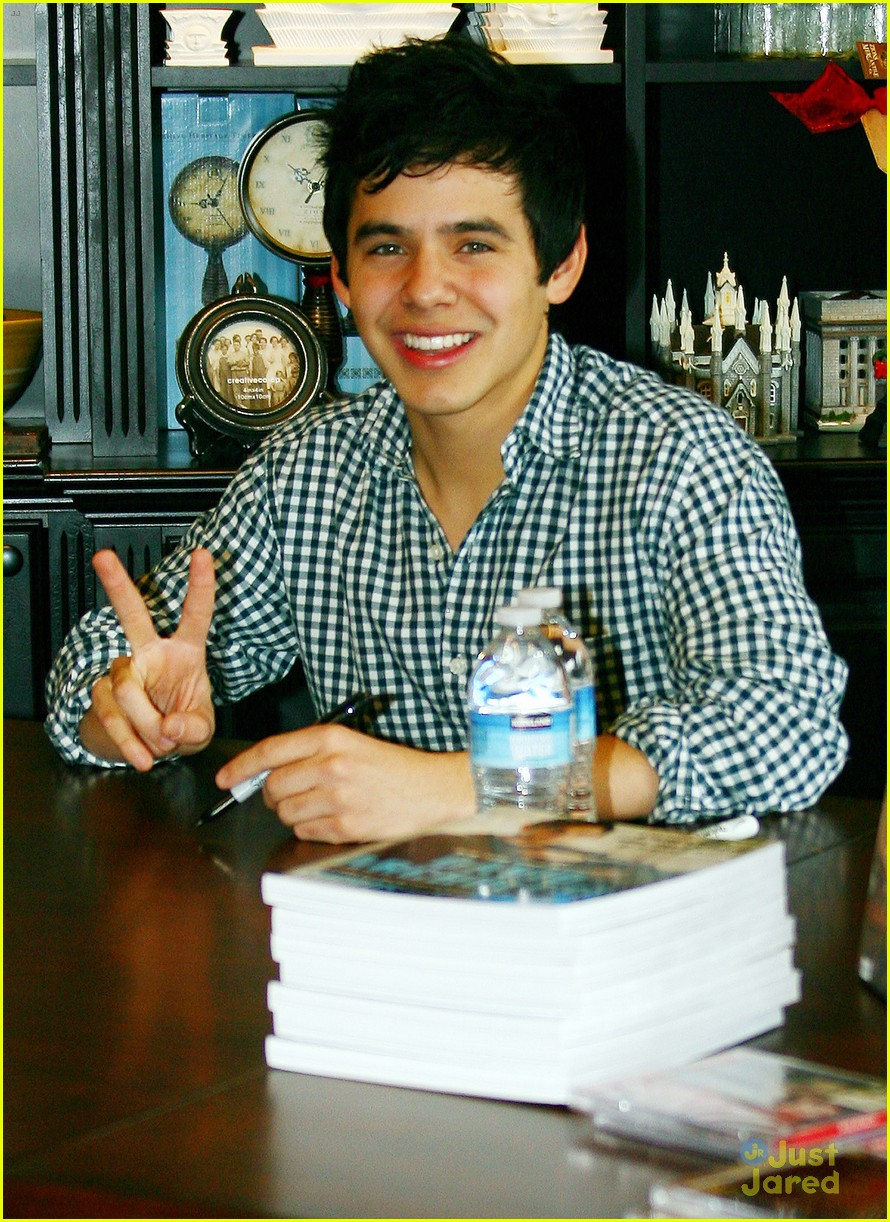 david archuleta book signing 02