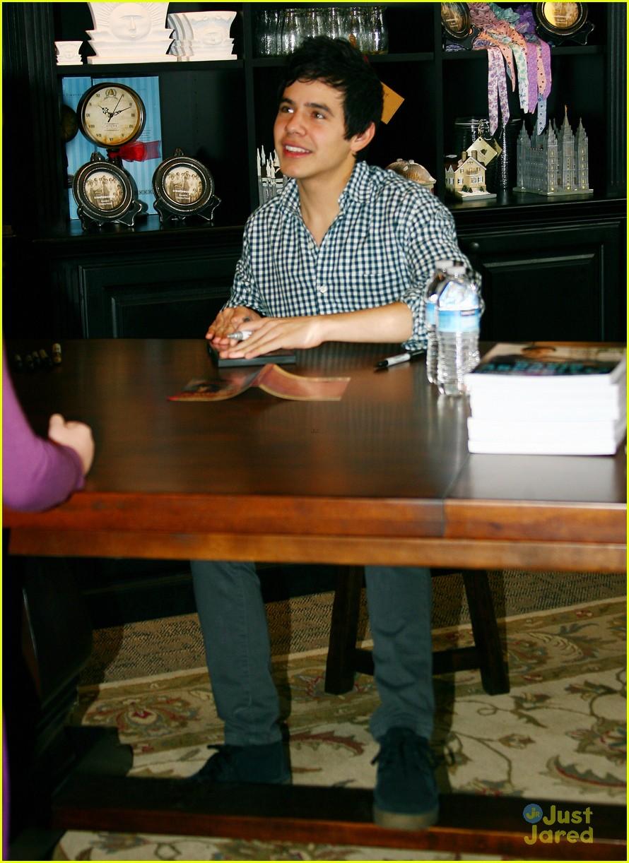 david archuleta book signing 03