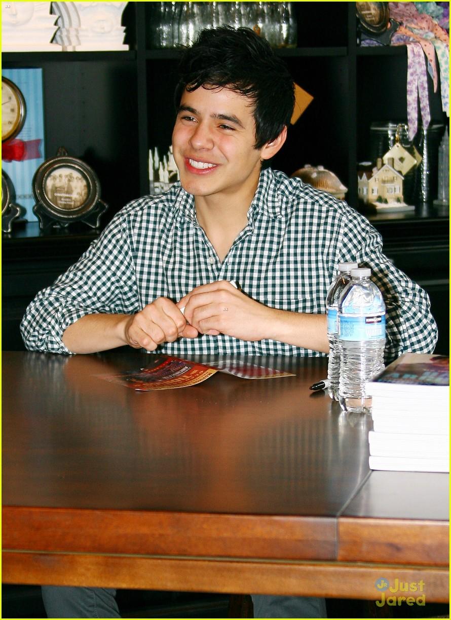 david archuleta book signing 04