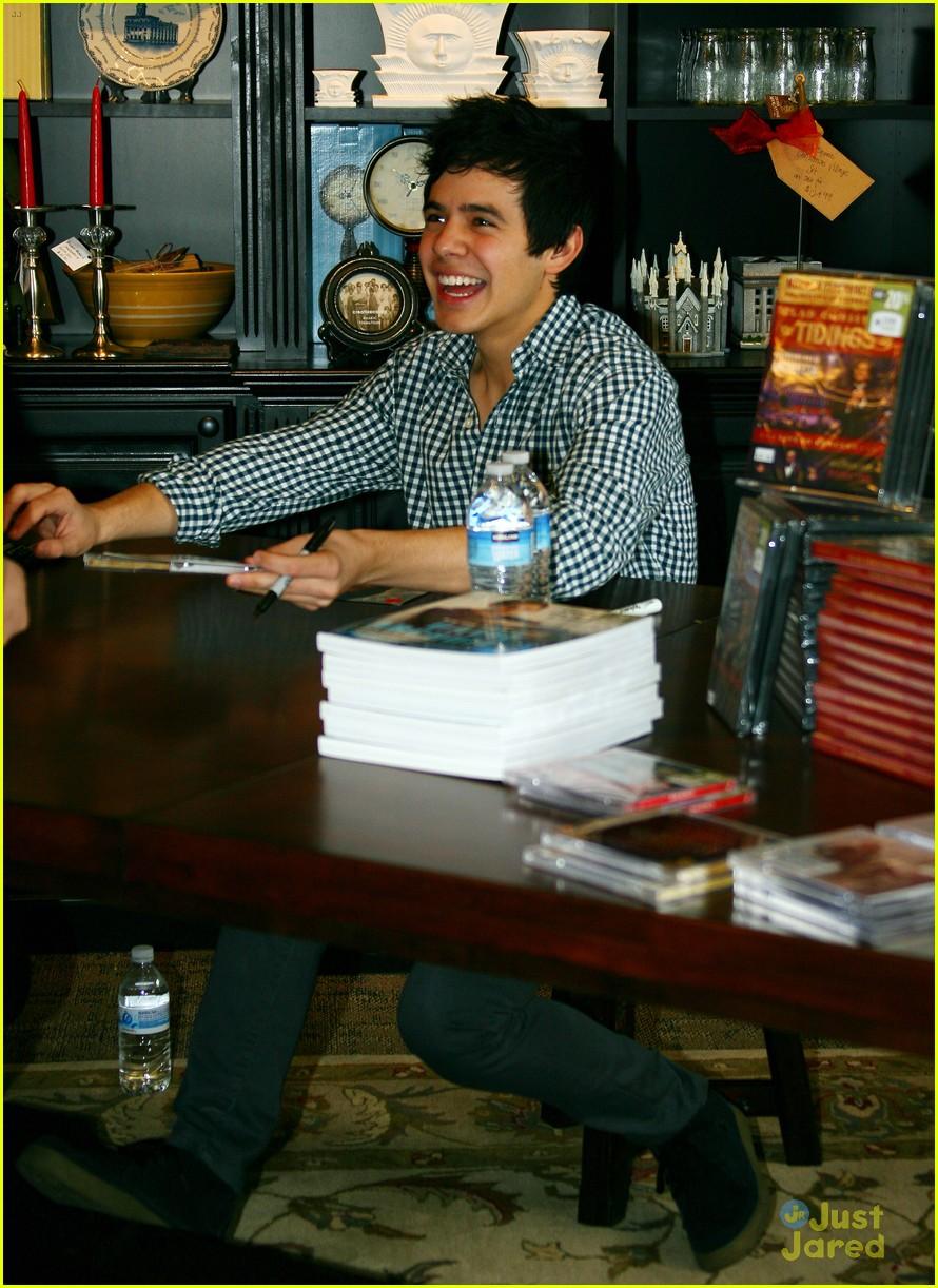 david archuleta book signing 10