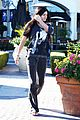 kendall kylie jenner christmas shopping 15