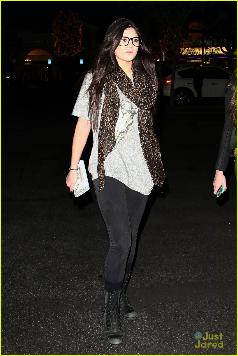 kendall kylie jenner movie night 04