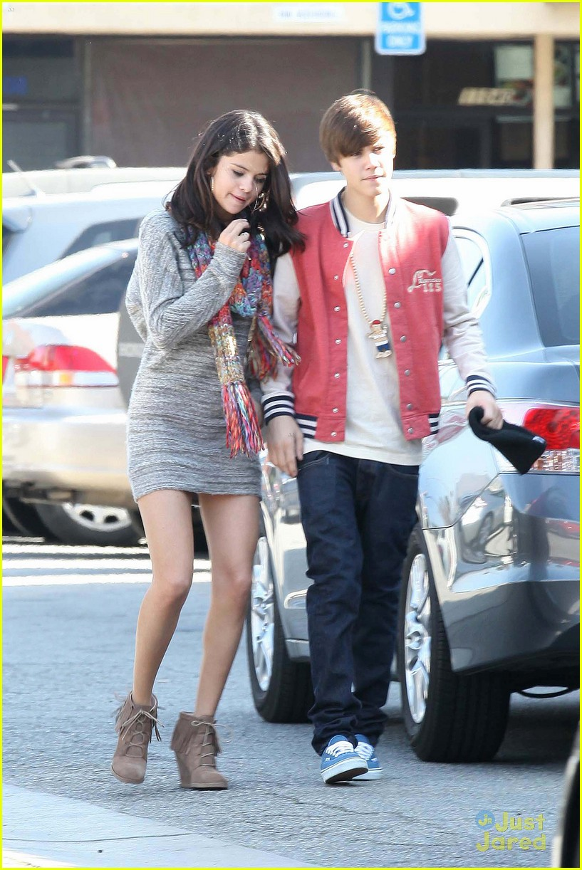 Are selena gomez and justin bieber dating