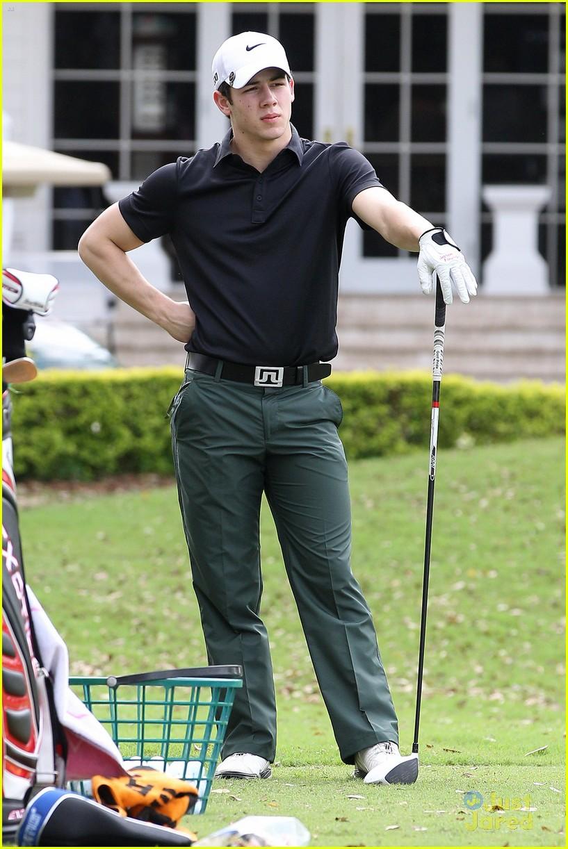 nick kevin jonas golf guys 01