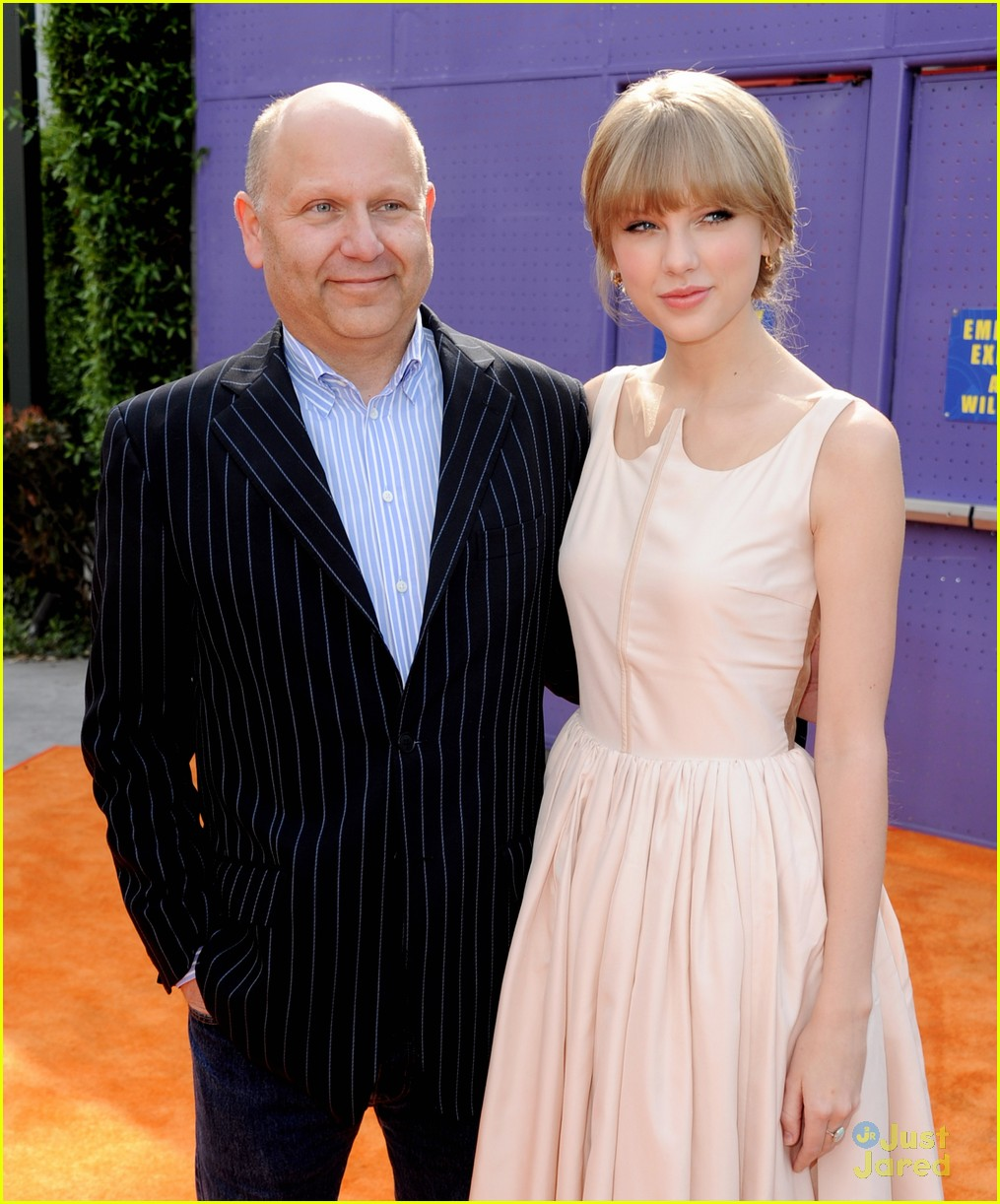 taylor swift lorax premiere 07