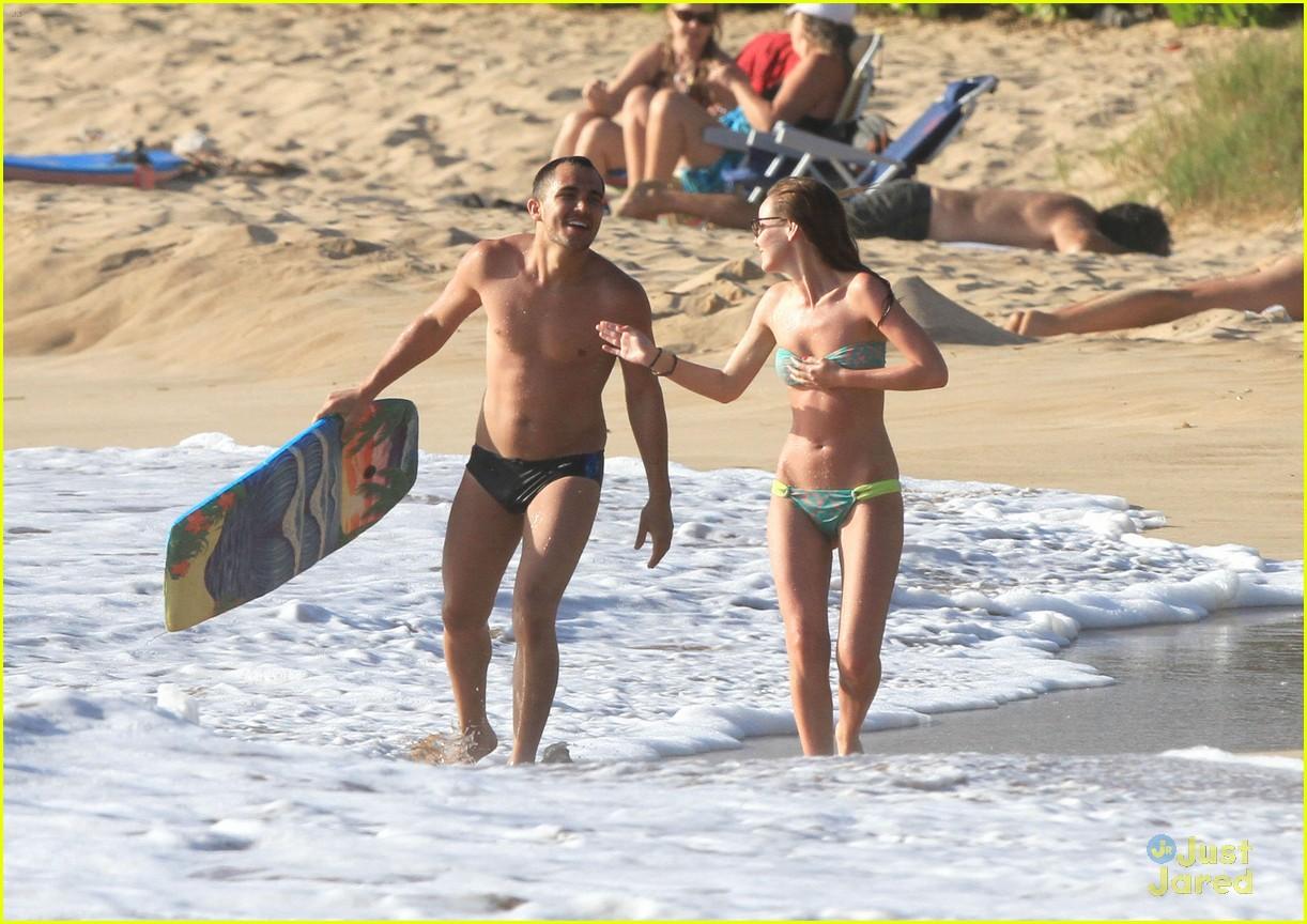 carlos samantha hawaii beach 02
