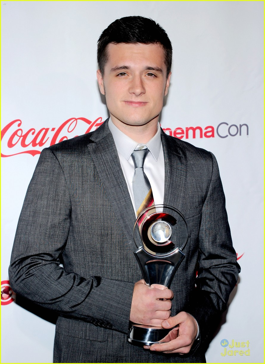 Josh Hutcherson: Breakthrough Performer of the Year at ...