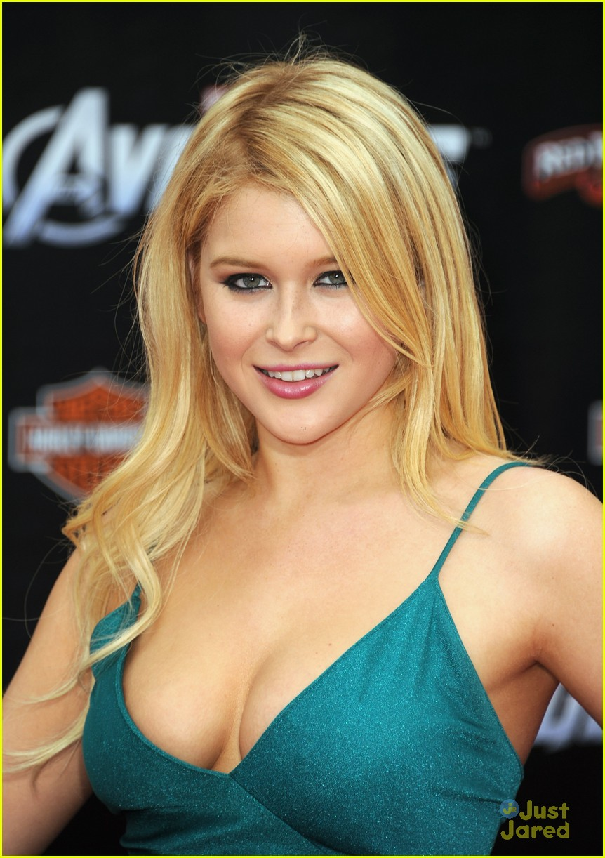Images Renee Olstead naked (38 photo), Sexy, Hot, Feet, butt 2017