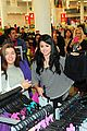 selena gomez dream out loud shopping 03