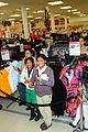 selena gomez dream out loud shopping 09