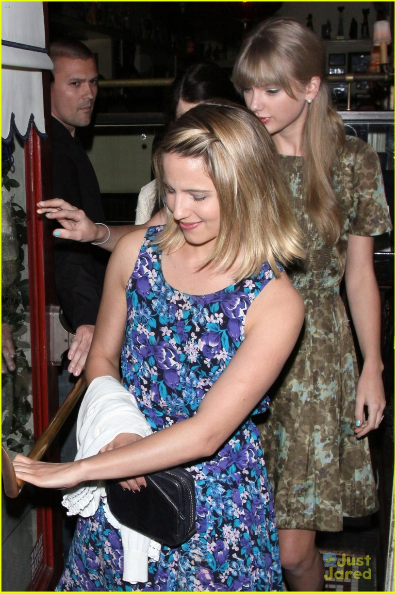 Taylor Swift Dianna Agron Dominic S Duo Photo 473127 Dianna Agron Taylor Swift Pictures Just Jared Jr