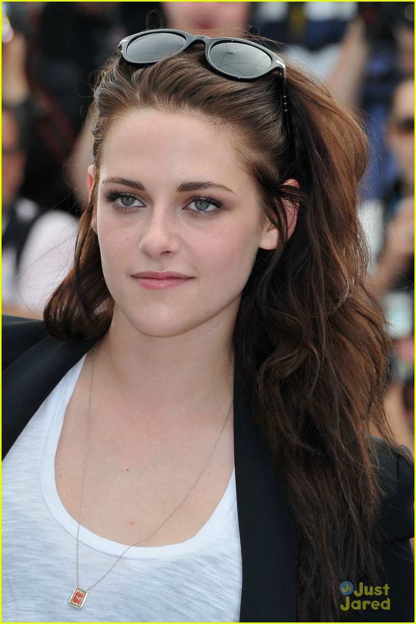 Kristen Stewart: 'On The Road' Photo Call At Cannes