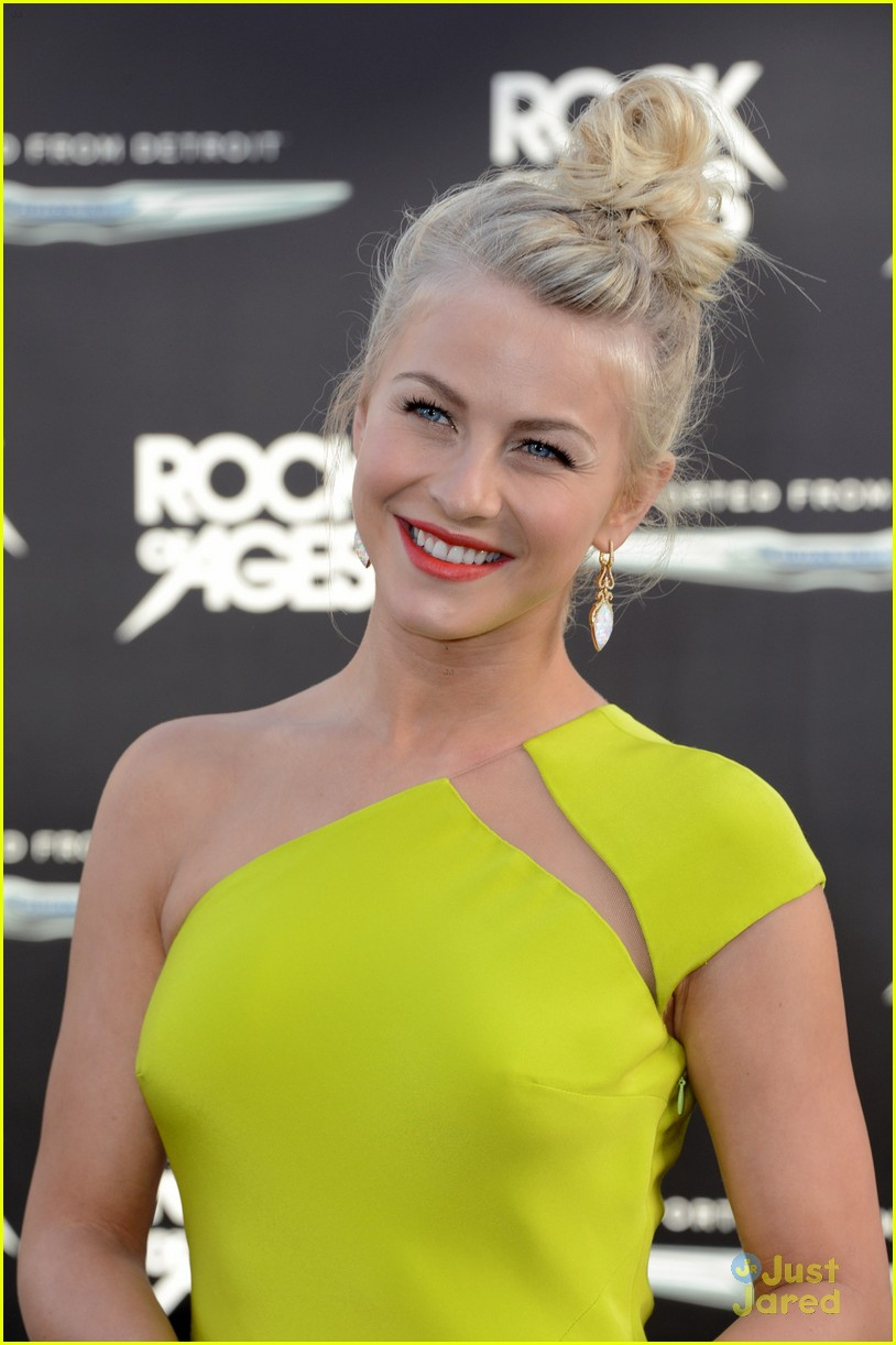 julianne hough roa la 04