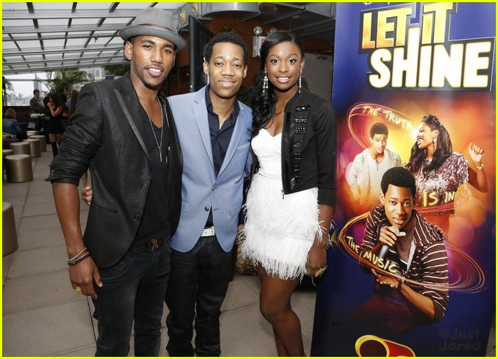 let it shine disney listening party 02