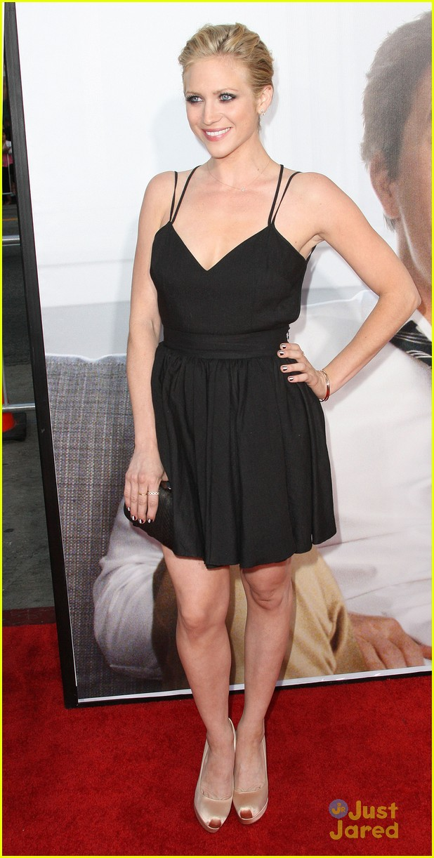 brittany snow ted premiere 04