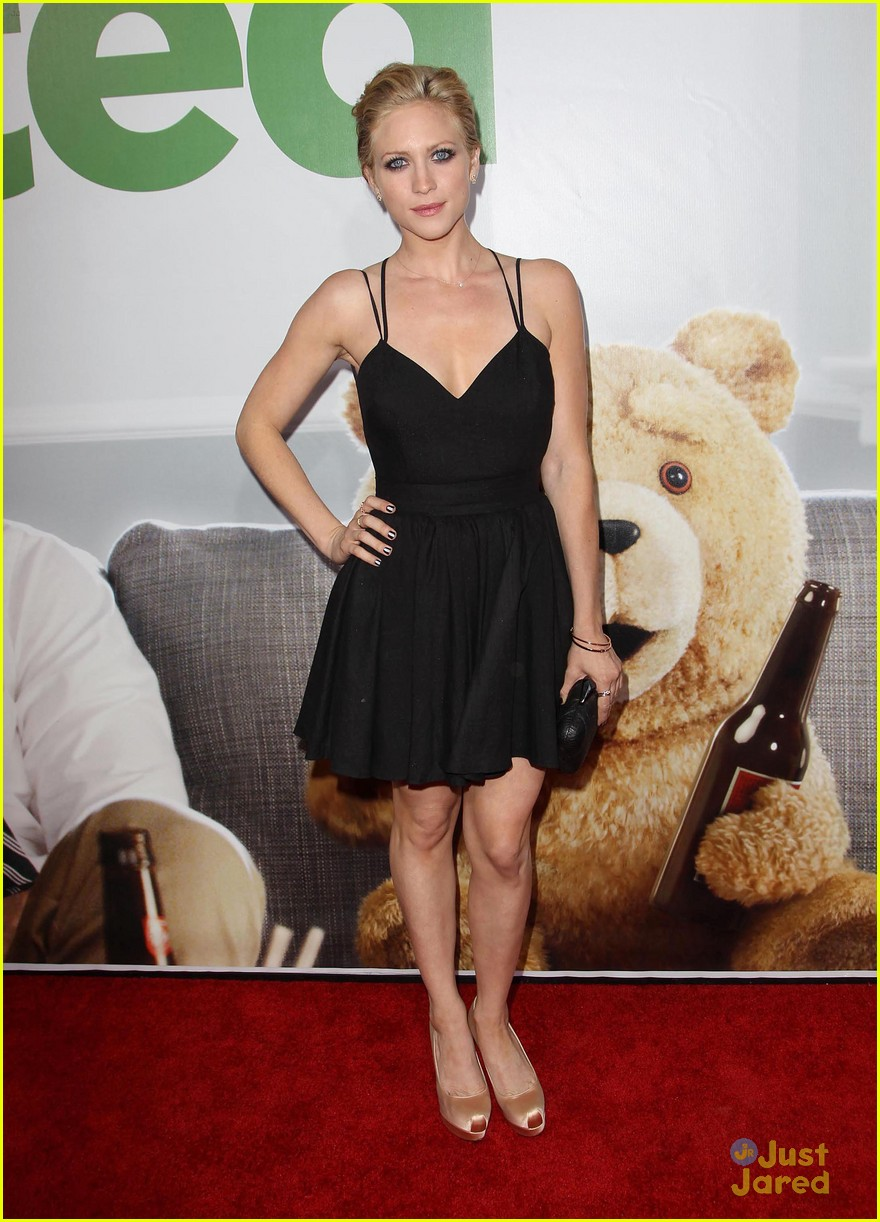 brittany snow ted premiere 05