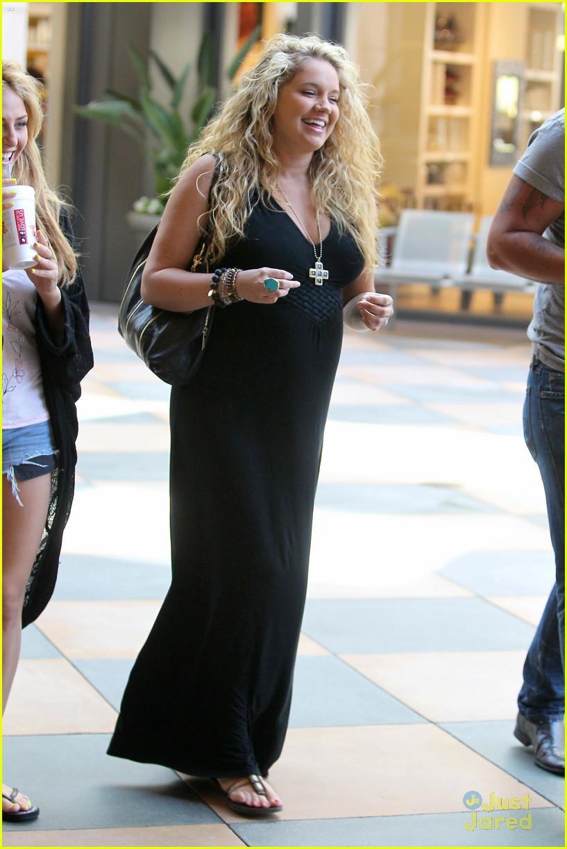 tiffany thornton lunch cassie scerbo 02