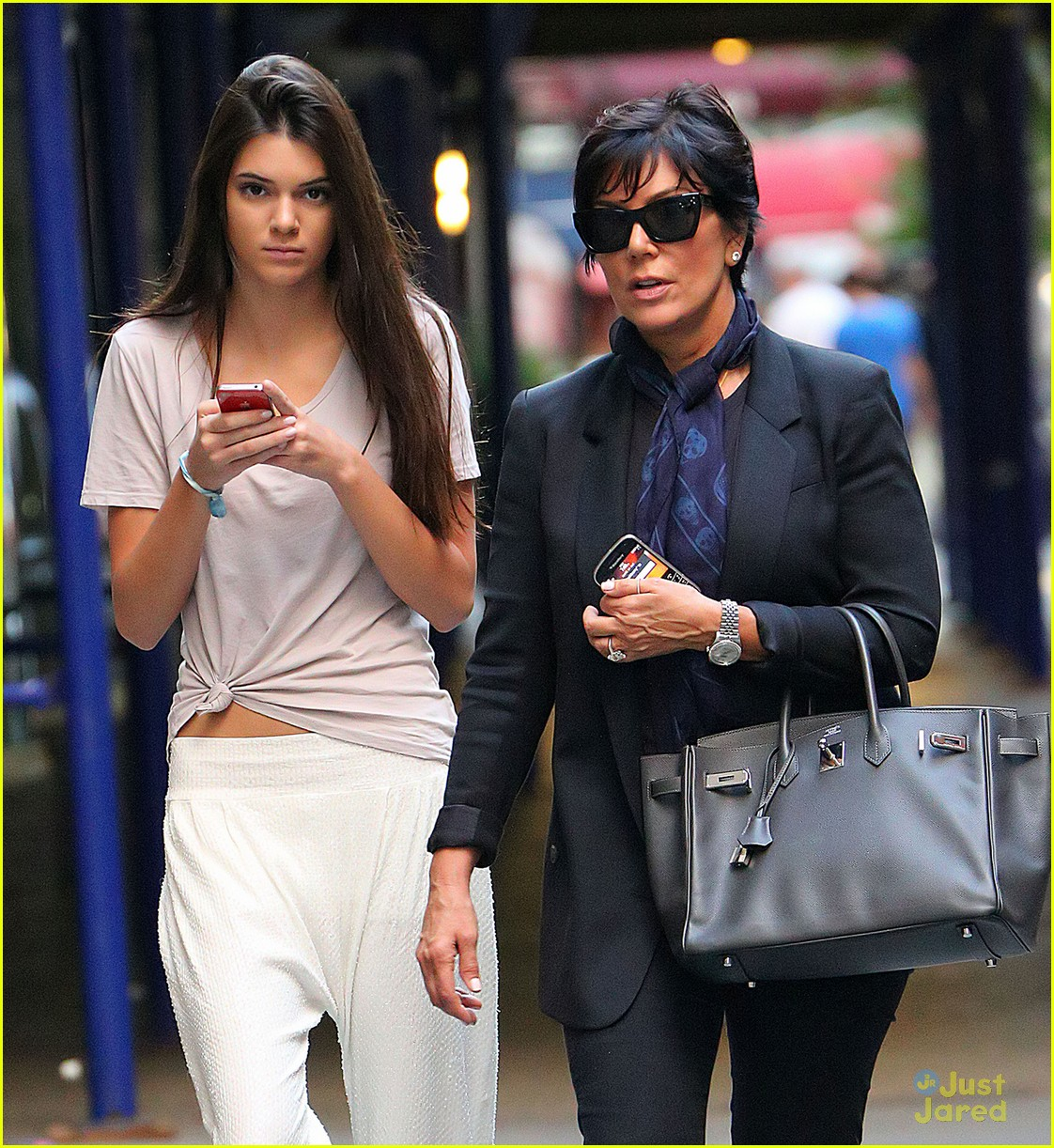 kendall jenner nyc walk 04
