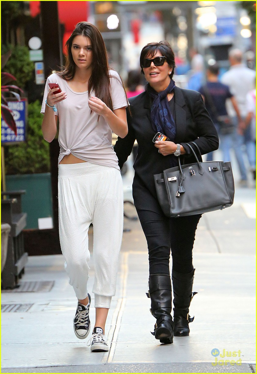 kendall jenner nyc walk 05