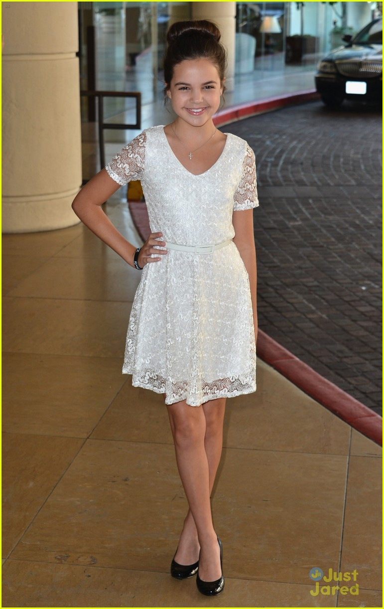 Bailee Madison: Back As Young Snow White On 'Once Upon A