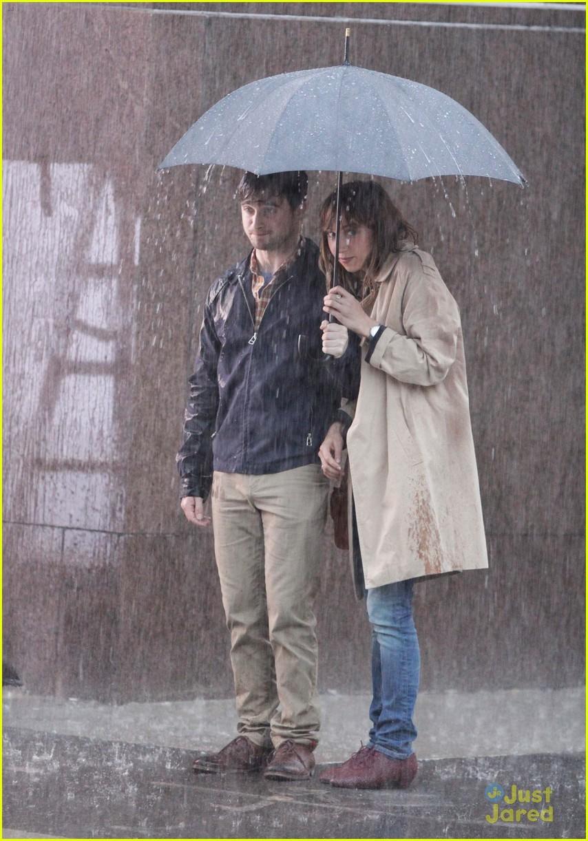 daniel radcliffe rain zoe 07