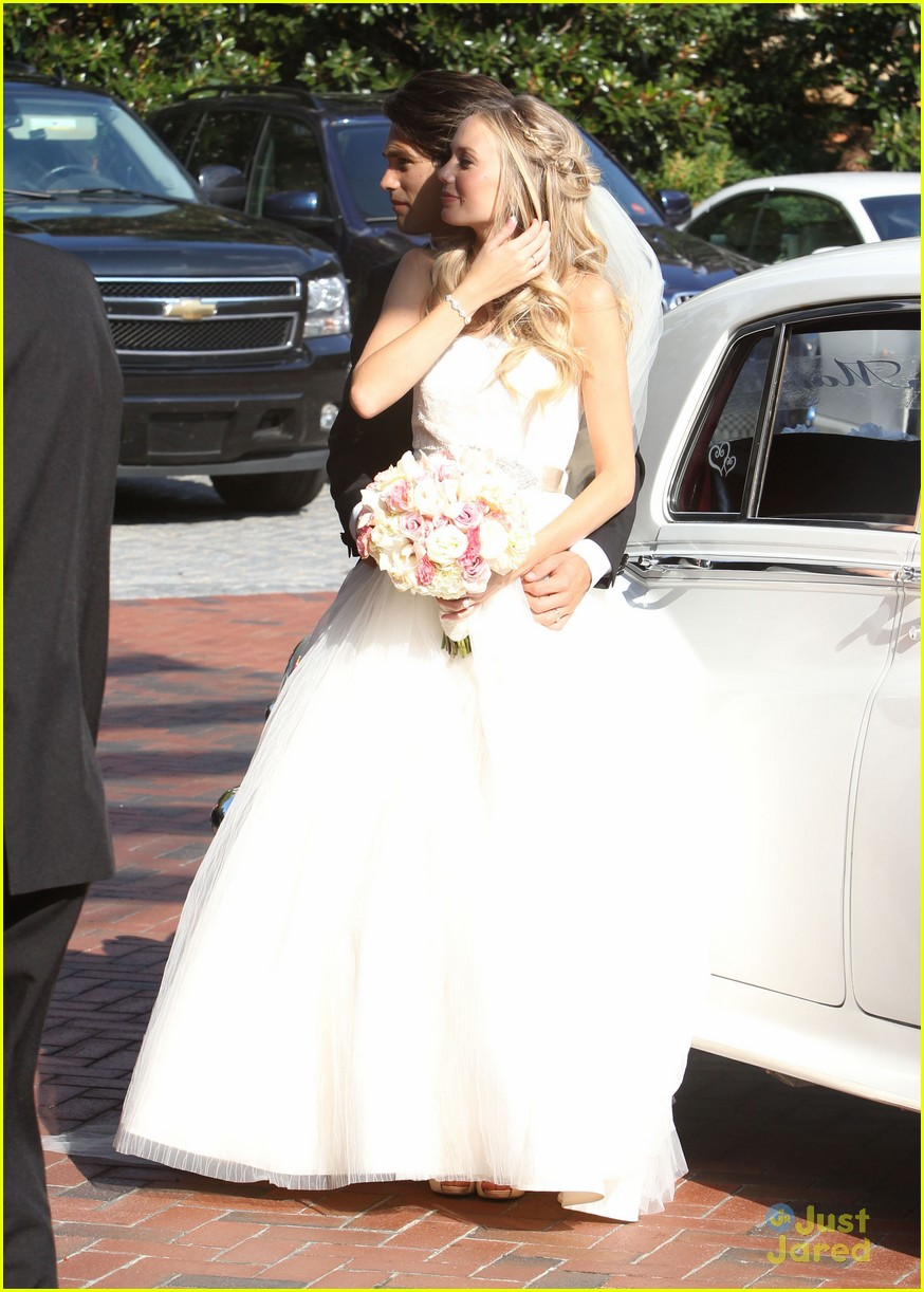 melissa ordway justin gaston married 06