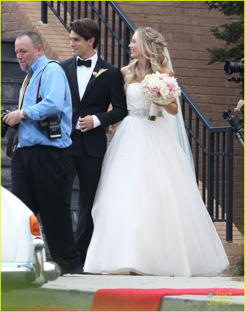 melissa ordway justin gaston married 15