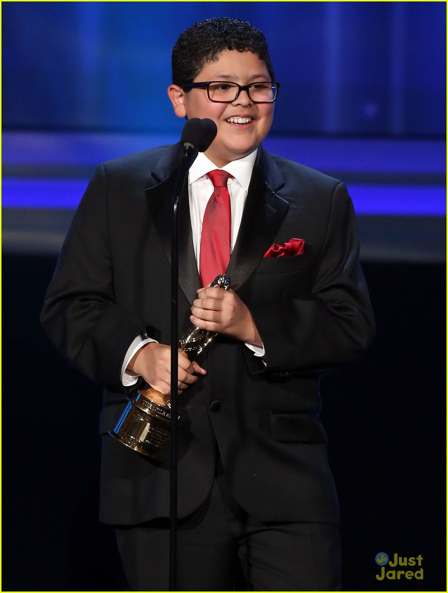 rico rodriguez raini alma awards 13