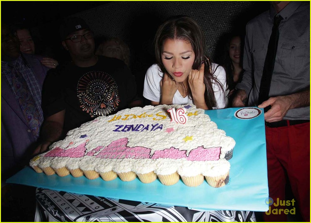 zendaya 16 party pics 08