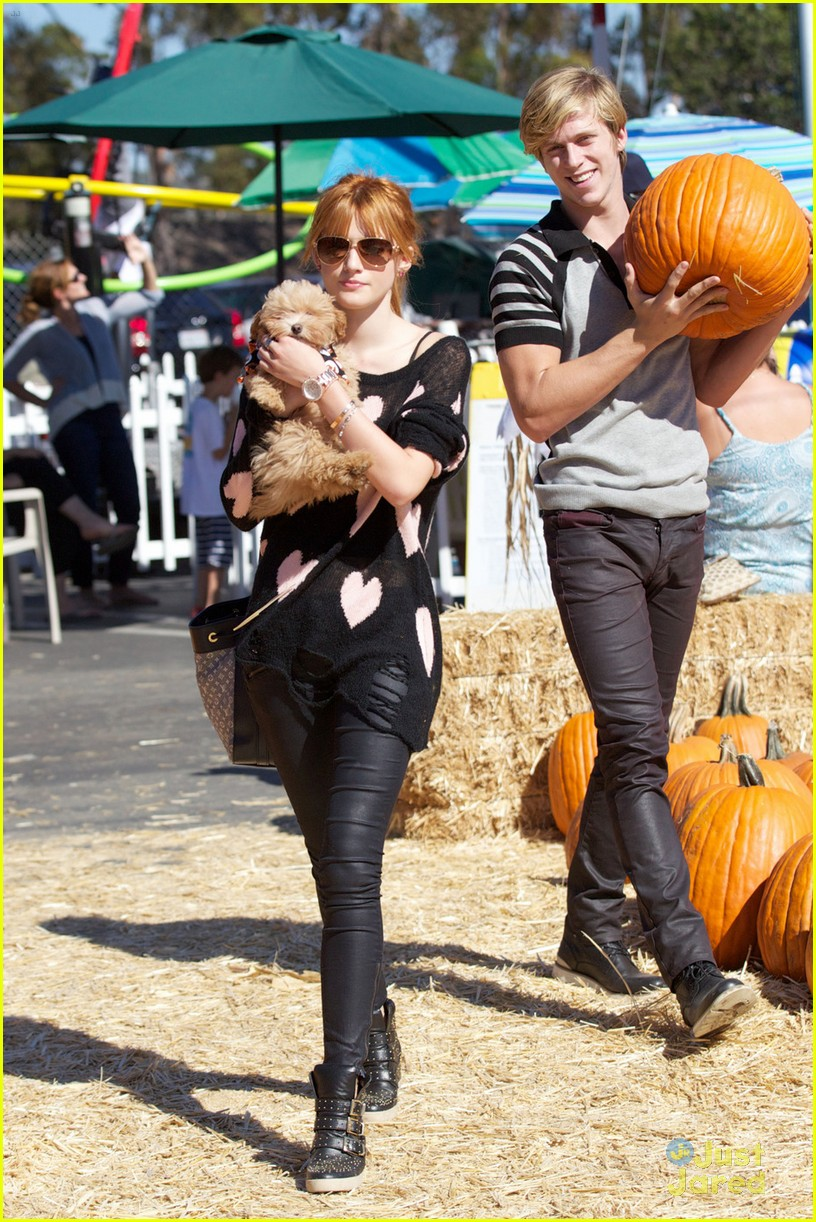 bella thorne hello kitty pumpkin patch 03