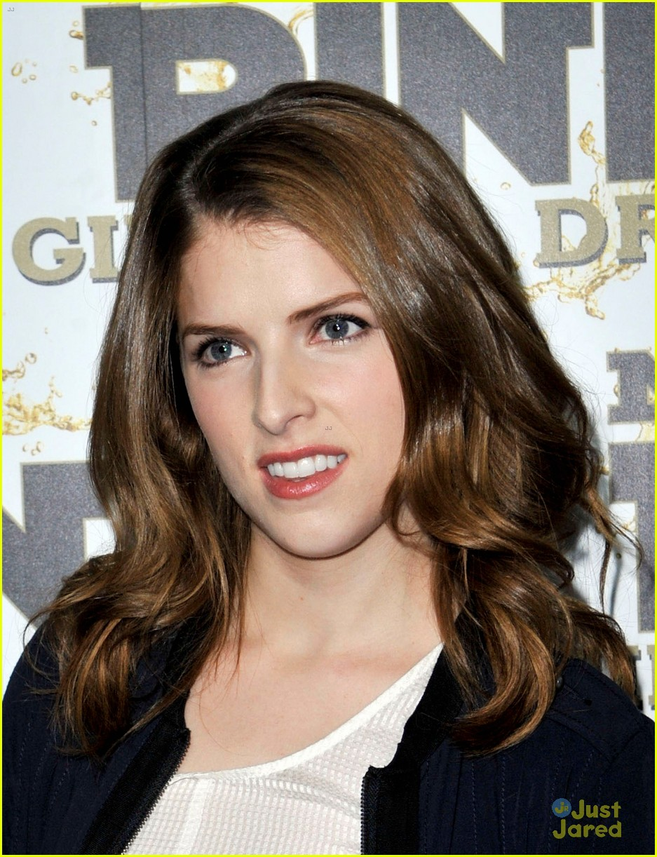 anna kendrick pitch perfect riff off was challenging 09