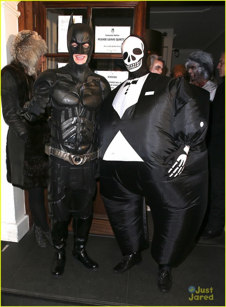 Liam Payne: Batman Halloween Costume with Tom Daley! | Photo ...
