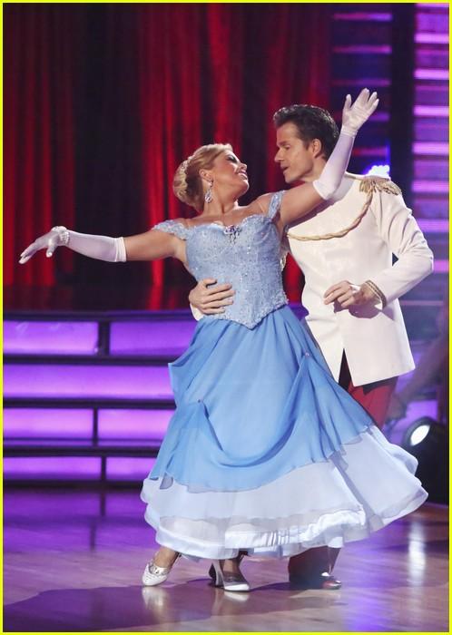 sabrina bryan waltz dwts 18