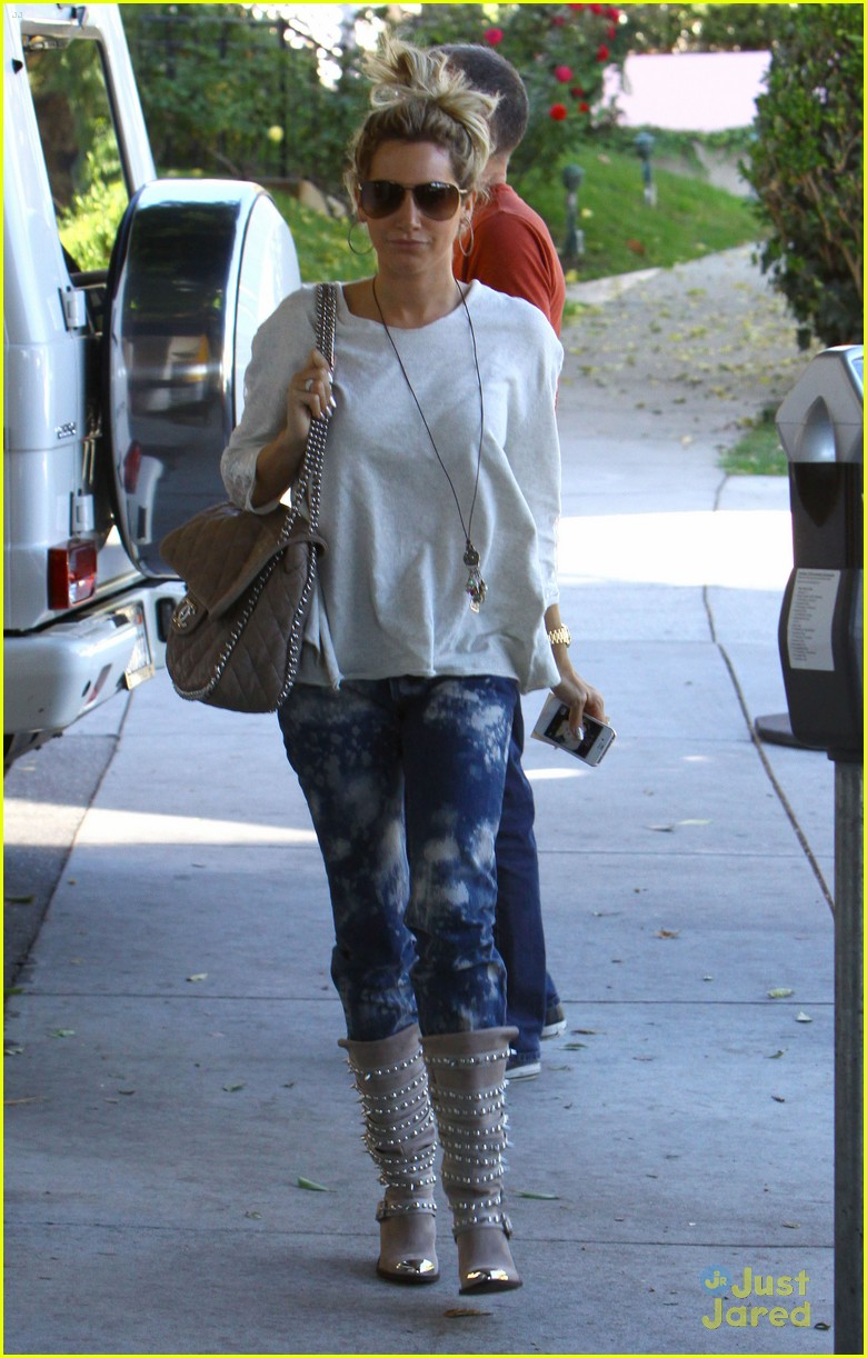 ashley tisdale salon stop 10