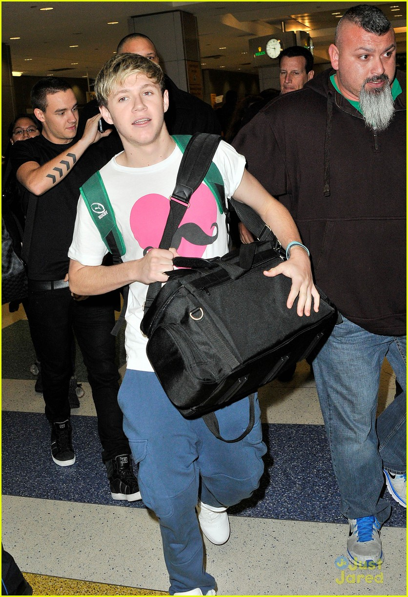 one direction jfk arrival 01