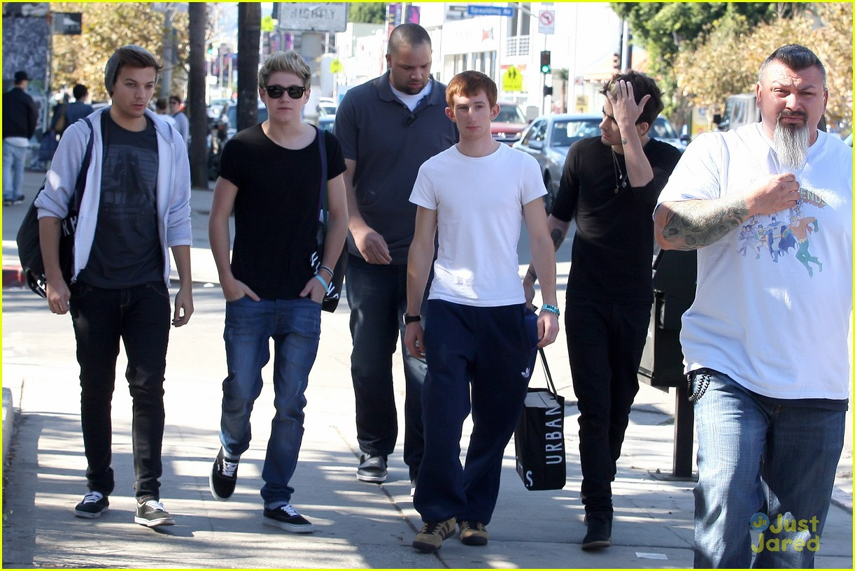 One direction headed to the white house photo 508851 photo one direction la shopping 06 izmirmasajfo