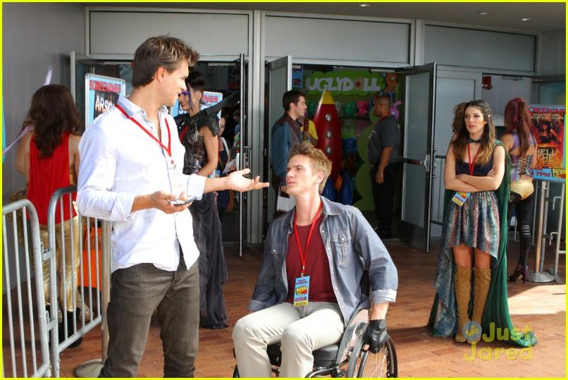 90210 the con pics 02