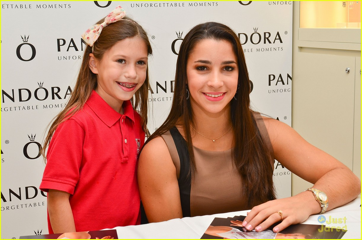 aly raisman pandora mg 21