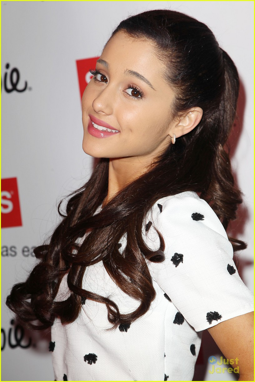 ariana grande sharpie 1d contest launch 02
