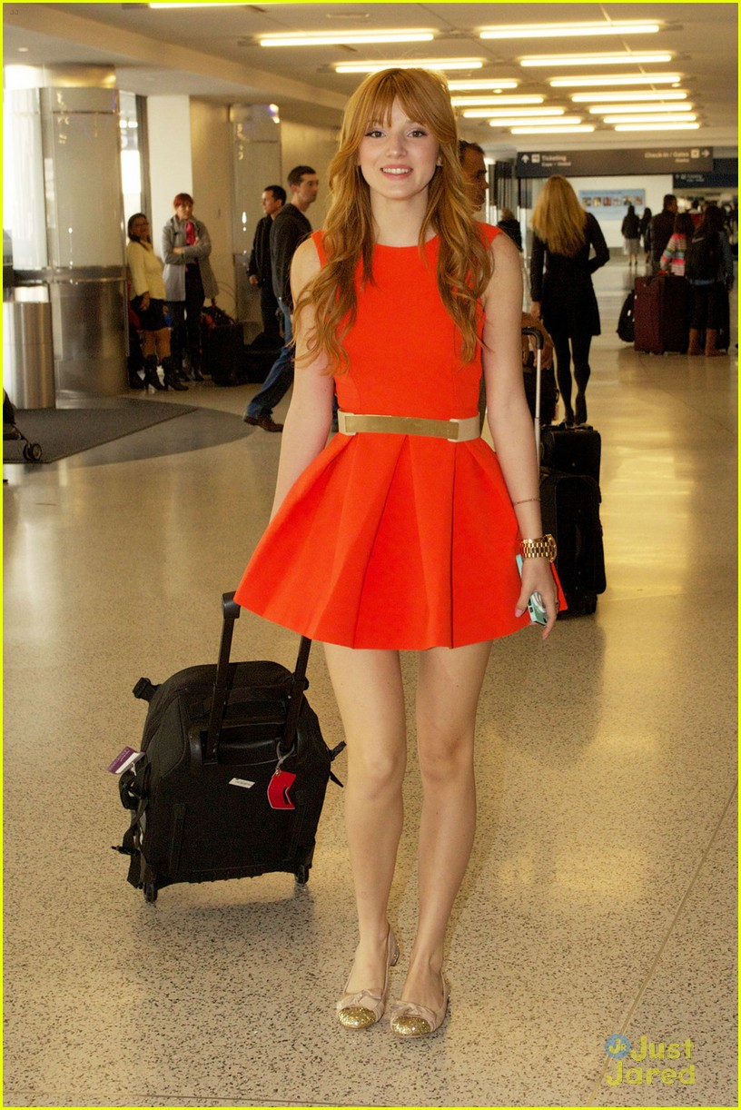 bella thorne friday flight 01