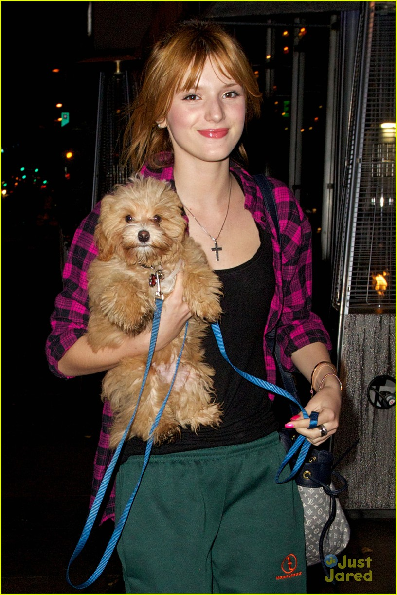 bella thorne kingston siu anniversary 01