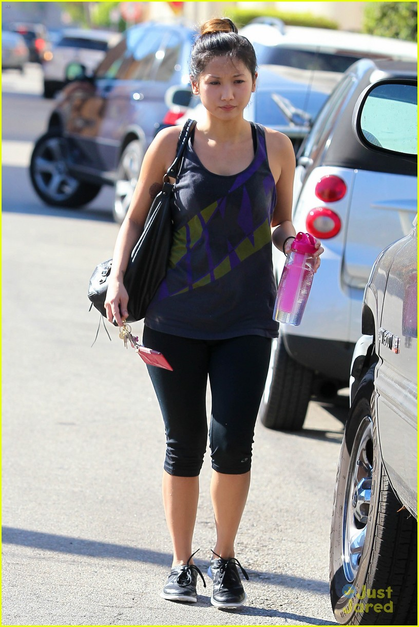 brenda song gym time tuesday 05