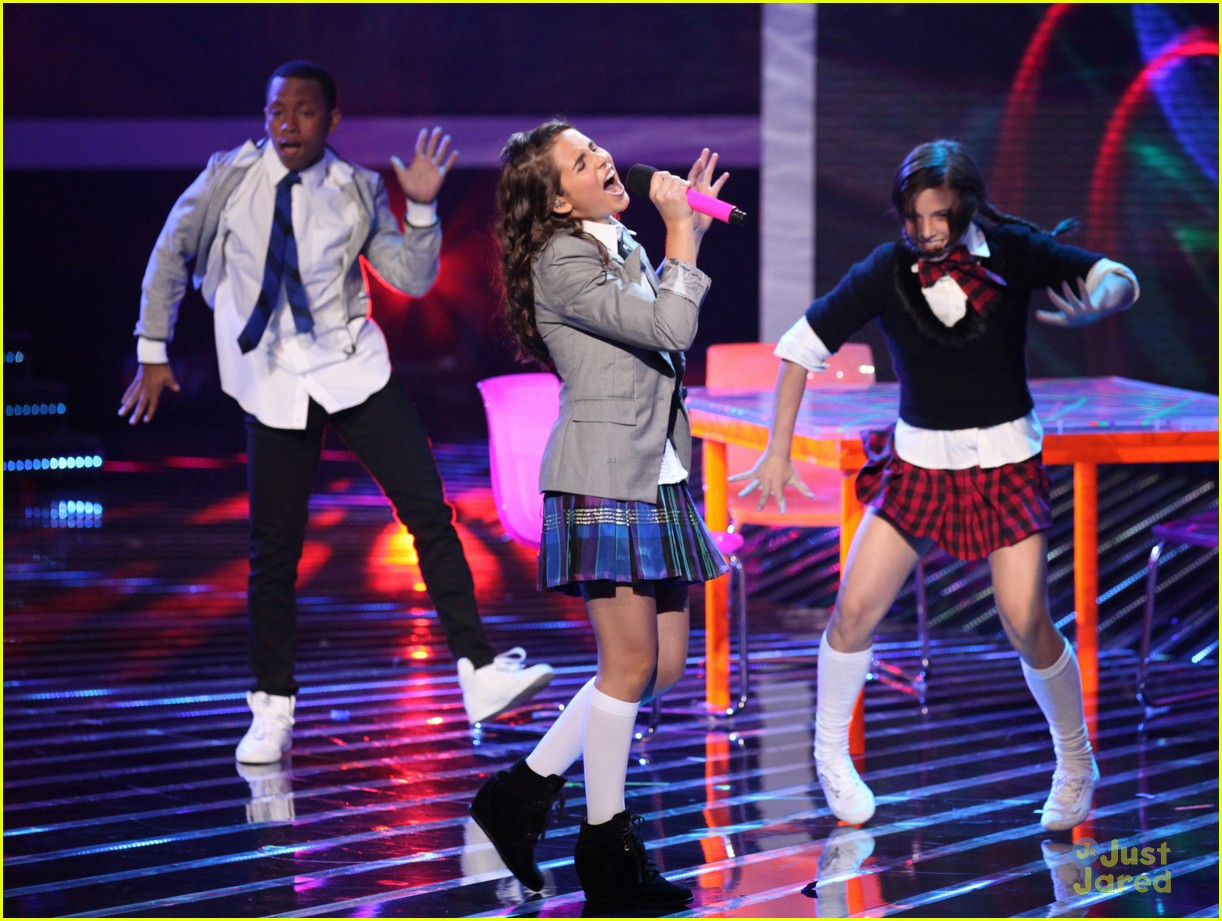 carly rose sonenclar xfactor finalist party 06