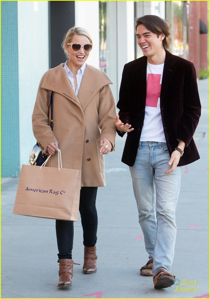 dianna agron rag co shopping 01