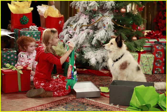 disney channel holiday episode preview 02
