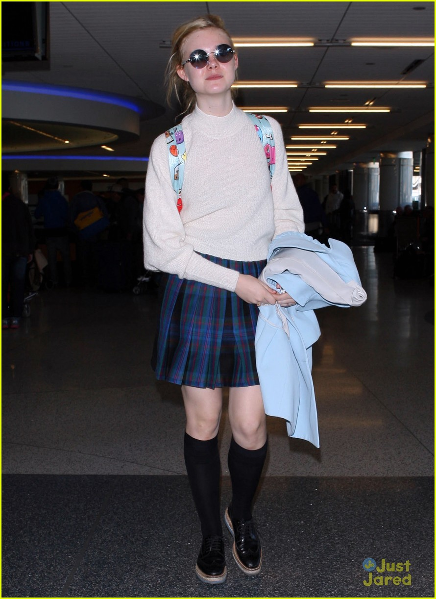 elle fanning lax nyc 03