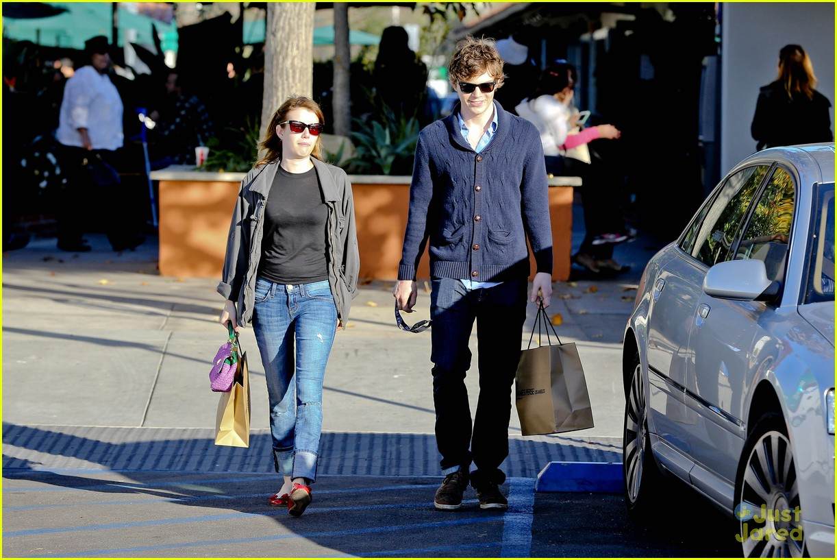 emma roberts evan peters black friday 01