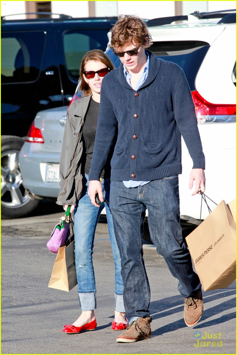 emma roberts evan peters black friday 04