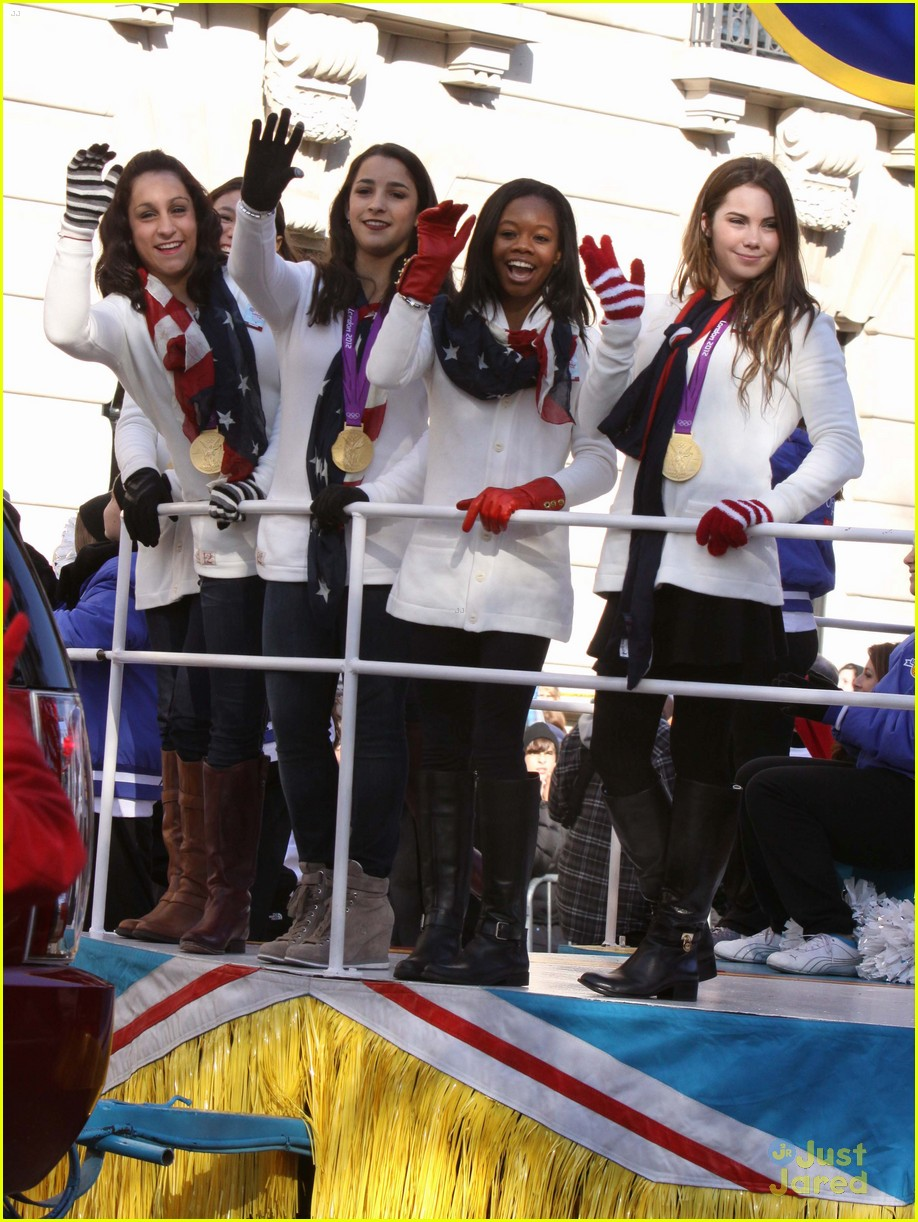 fierce five macys paraade 05