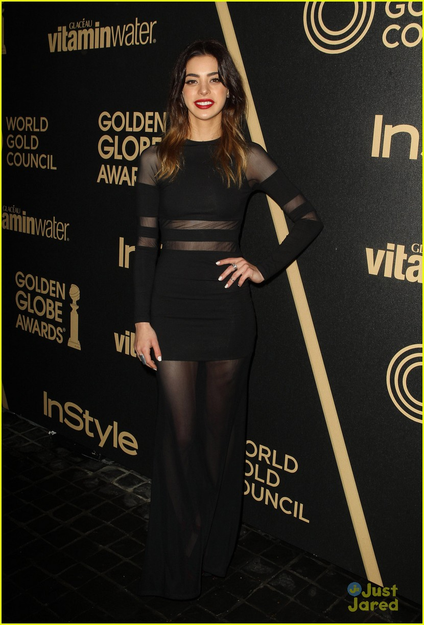 gia mantegna francesca eastwood golden globe party 13